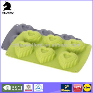 BSCI Audit Bake Ware Easy to Clean Silicone Cake Mould pictures & photos