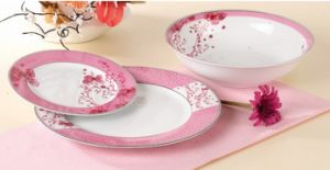 18PCS Bone China Dinner Set with Latest Design pictures & photos
