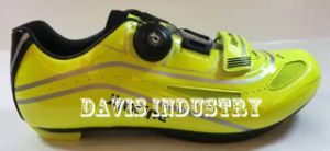 Functional Bicycle Shoes for Men pictures & photos