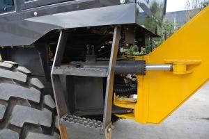 Eougem 115HP Motor Grader Scarifier Gr120 pictures & photos