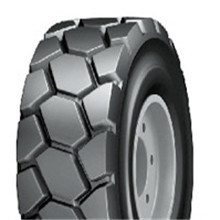 Skid Steer Tyre 23X8.5-12 27X8.5-15 pictures & photos