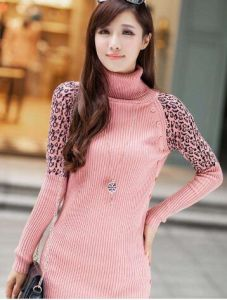 Sweater Coat, Women′s Sweater Coat, Lady Sweater Coat, Knitting Sweater Coat, Knitting Wear. Sweater Wear. Knitting. Sweater pictures & photos