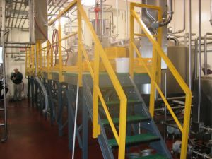 Renforced Plasticshigh Strength FRP Stair Treat &GRP Stair Treat with Gritted pictures & photos
