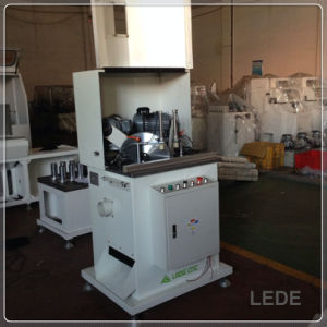 Aluminum Composite Wood Window Machine with 45 Degree Cutting pictures & photos