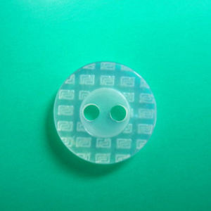 2 Holes New Design Polyester Shirt Button (S-030) pictures & photos