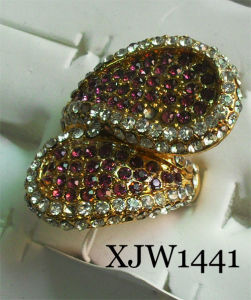 Diamond Ring/Fashion Ring (XJW1441) pictures & photos