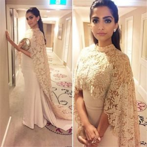 Arabic Formal Gown Long Shawl Champagne Lace Evening Dress E20168 pictures & photos