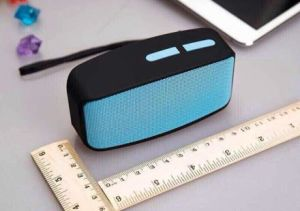 Portable Wireless Stereo Bluetooth Speaker (CP04007) pictures & photos
