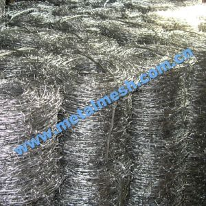 PVC Coated Barbed Wire for Protecting pictures & photos