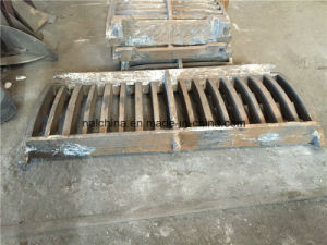 High Manganese Steel Casting Grating for Hammer Crusher Mn13 pictures & photos