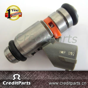 Fuel Injector Injection for VW Polo 036906031g pictures & photos