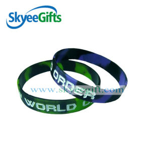 Customized Camouflage Silicone Wristband for Relaxation pictures & photos