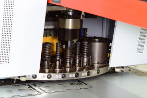 CNC Dual-Servor Motor Driven Turret Punch Machine pictures & photos