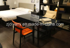 European Modern Style Home Desk Wooden Desk (SD-37) pictures & photos