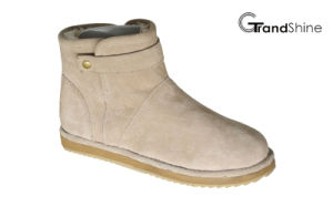 Women′s Suede New Arrival Fashion Snow Boots pictures & photos