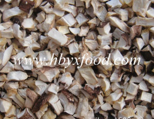 Dried Shiitake Mushroom Flakes Granules From Shiitake Leg pictures & photos