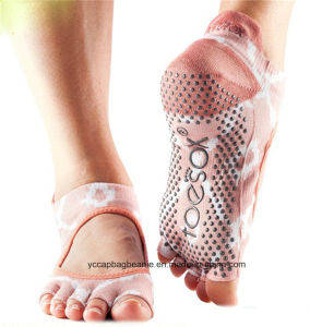 Colorful Design Wholesale Yoga Socks pictures & photos