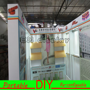 Portable and Easy Install Standard Flexible Modular DIY Trade Show Booth pictures & photos
