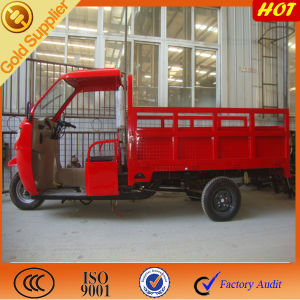 Semi Cabin Heavy Cargo Tricycle/ Semi Trimoto for Good Truck pictures & photos