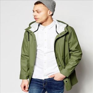 2016 Men′s Hooded Jacket in Khaki with Shower Resistance pictures & photos