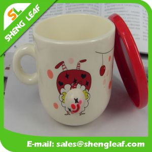 New Design Promotion Gifts OEM Plastic Travel Mug (SLF-PM014) pictures & photos