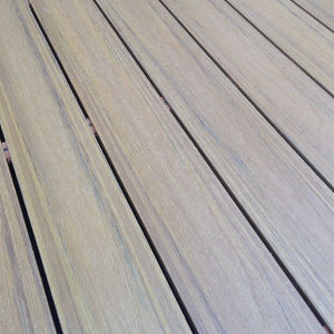 Co-Extrusion WPC Outdoor Decking for Waterproof Beside Swimming Pool pictures & photos
