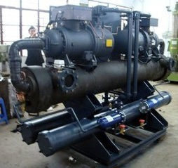 Shanghai Venttk Semi Hermetic Screw Chiller pictures & photos