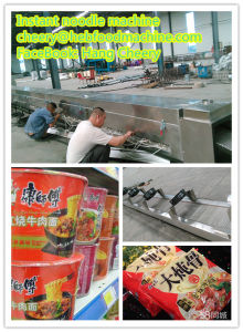 China PLC Control Customized Low Cost Frying Instant Noodle Machine pictures & photos
