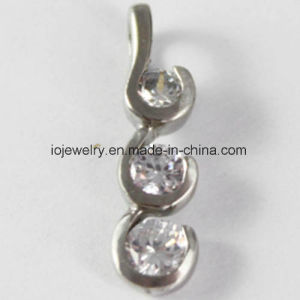 Body Piercing Jewelry Nose Ring with AAA CZ pictures & photos