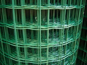 Green PVC Coated Holland Fence/ Weaving Fence pictures & photos