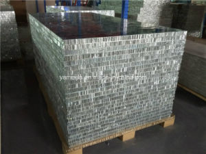 4′x8′ Fireproof PE/PVDF Coated Aluminium Honeycomb Panels for Exterior Wall Cladding pictures & photos