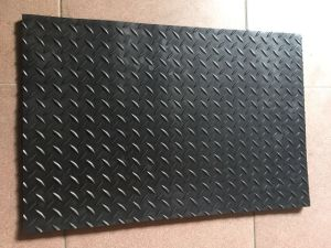 PVC Surface Sponge Base Anti Fatigue Mat pictures & photos