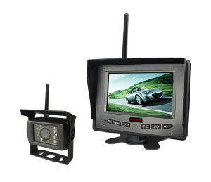 E-MARK Certified 5-Inch 2.4G Wireless Security System Backup Camera for Truck pictures & photos