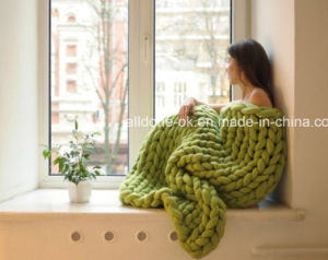 High Quality Wool Yarn Hand Knitted Acrylic Crochet Blanket pictures & photos