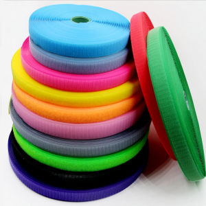 Good Quality Hook and Loop Fastener Tape pictures & photos