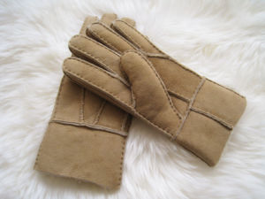 Warm Winter Lady Sheepskin Leather Gloves pictures & photos