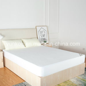 High Quality Queen Size Knitting Waterproof Mattress Protector pictures & photos