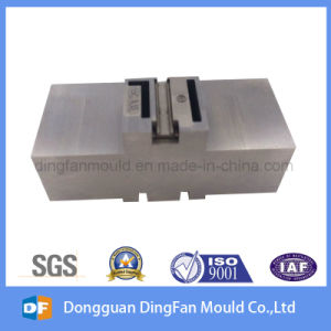 CNC Machining Auto Spare Parts Made by China Supplier pictures & photos