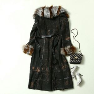 2016 New Design Lady′s Genuine Leather and Fur Coat Long Style Fox Fur pictures & photos