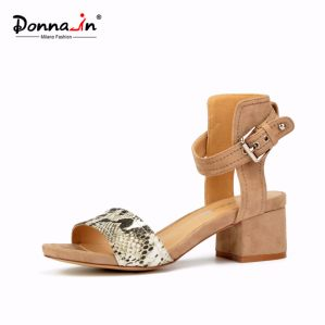 2017 Lady Snake Pattern Chunky Heels Women Casual Sandals (DDP) pictures & photos