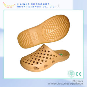 Summer EVA Clog Shoes Casual Beach Walk Slippers pictures & photos