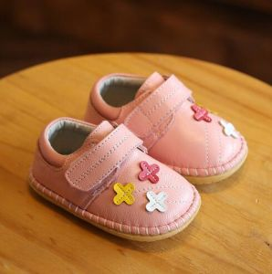 New Arrival Infant Shoes Soft Leather Baby Walking Boots (AKBS27) pictures & photos