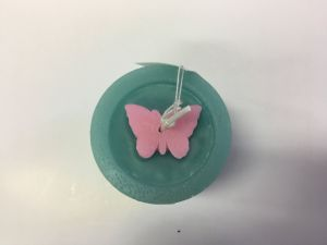 New Arriveal Green Pillar Candle with Pink Butterfly on Top pictures & photos
