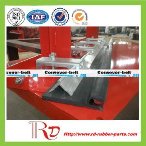 Belt Conveyor Natural Rubber Skirting Board pictures & photos