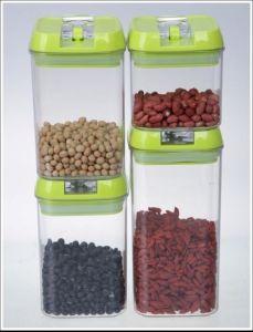 4PCS Top Quality Plastic Storage Jars pictures & photos