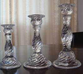 Transparent Twisted Lines Glass Candle Holders Candlestick pictures & photos
