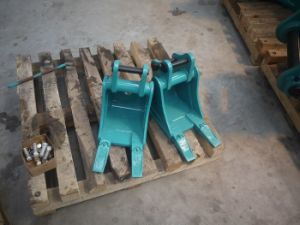 Excavator Parts of The Mini Excavator Bucket for Kobelco Sk10 with 230mm Width pictures & photos