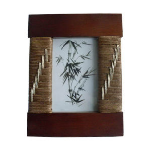 Woven Photo Frame Handmade Rattan Picture Frame pictures & photos