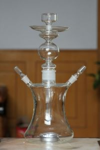 Beatiful Big Vapour Smoking Water Pipe with Head Glass Shisha Hookah pictures & photos
