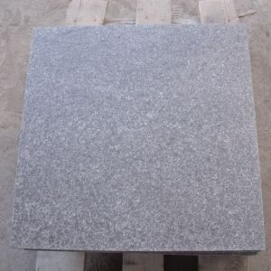 China Flooring Tiles Flamed Black G684 Granite pictures & photos